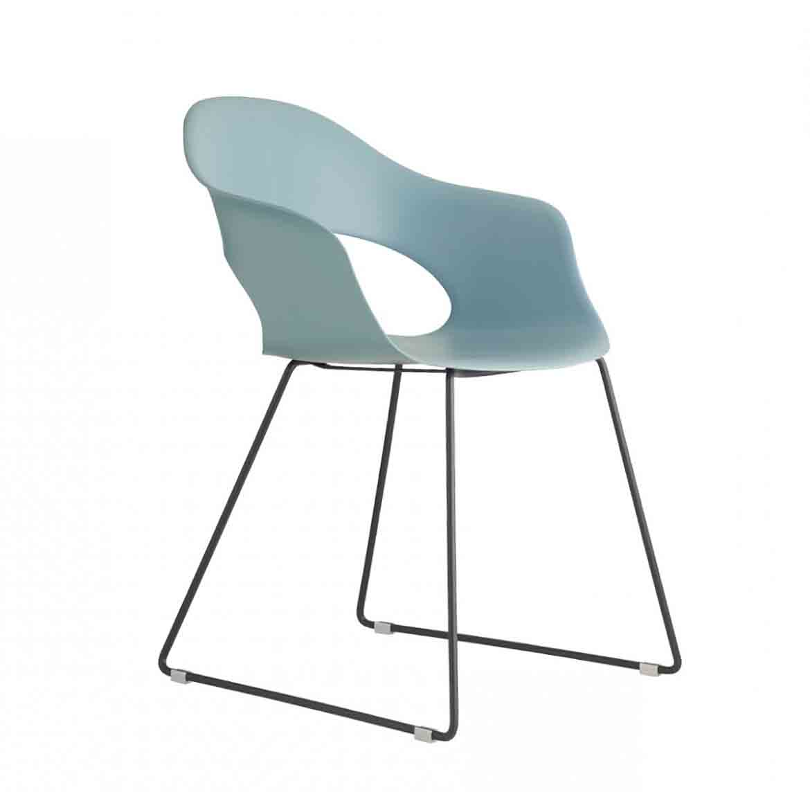 Technopolymer main body and sledge frame in 11 mm diam steel tube. Avaliable in upholstered version and 4 legs frame.