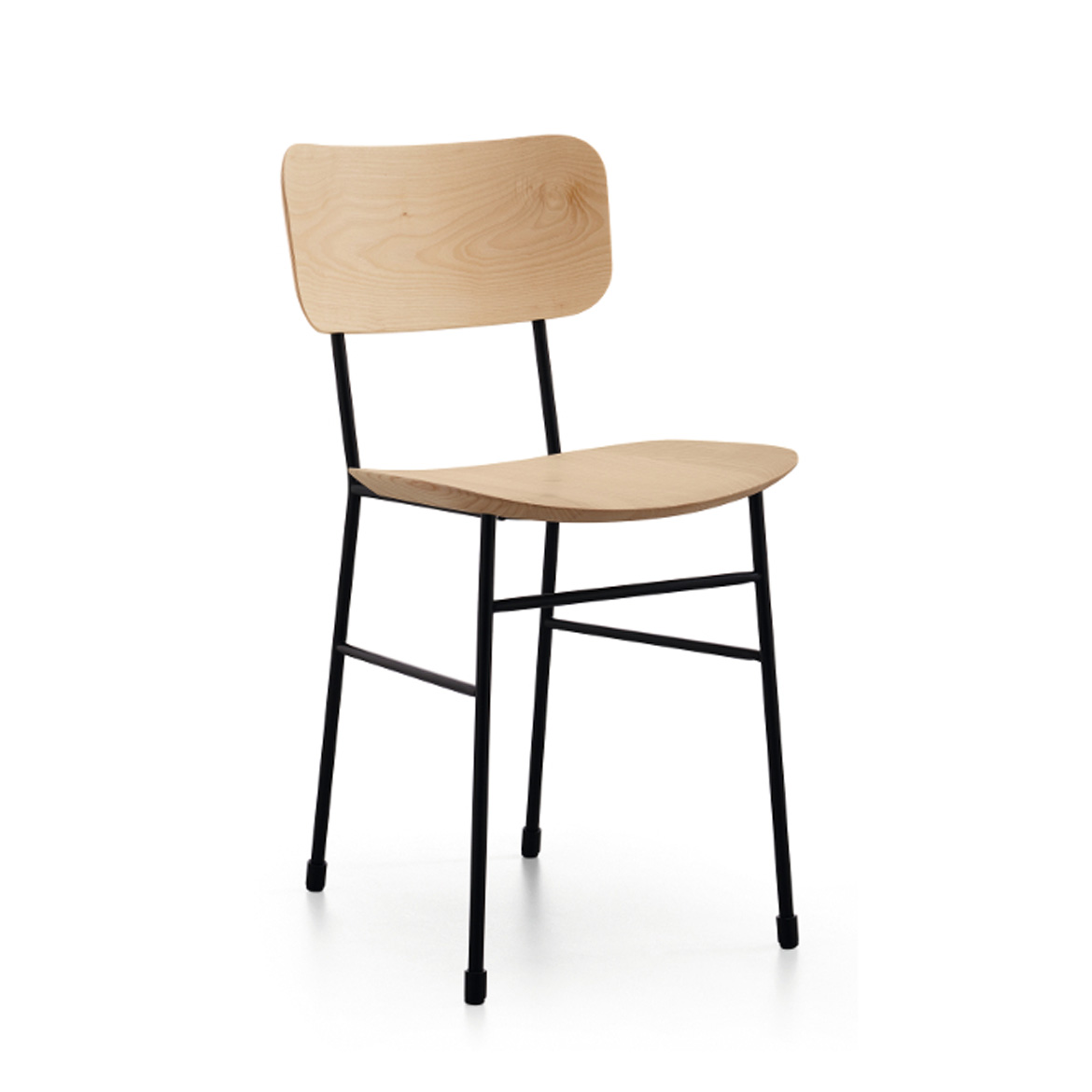 Chair with four legs base in lascquered steel, pink gold or black nickel. Seat and backrest in wood or Fenix.