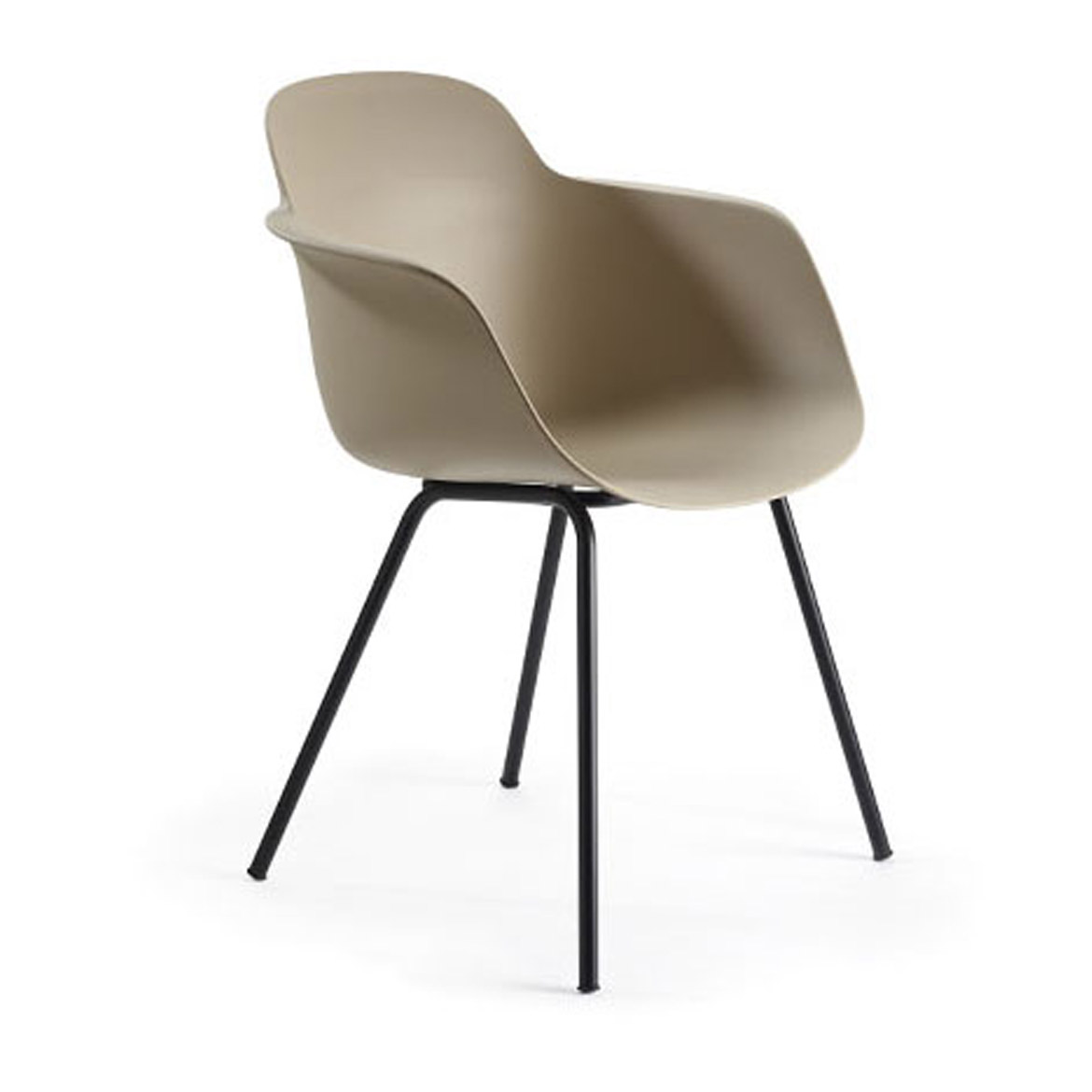 A modern armchair with polypropylene shell, also avaliable with padded seat. There are several different base options made of both metal or wood.